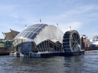 Comedores de basura flotantes en Baltimore que devoran toneladas de basura