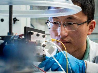 Investigadores logran transformar CO2 en un gas líquido 'eficiente' y 'renovable'